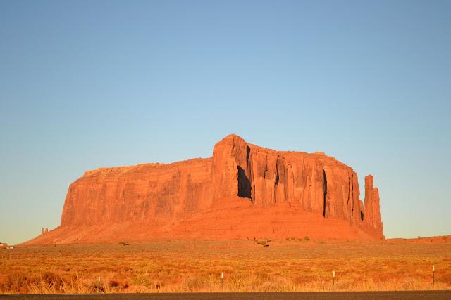 Долина Монументов, Юта-Аризона (Monument Valley, AZ)