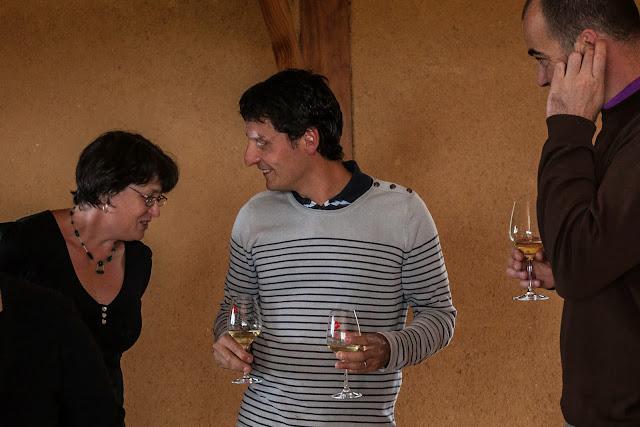 Assemblage des chardonnay milésime 2012. guimbelot.com - 2013%2B09%2B07%2BGuimbelot%2Bd%25C3%25A9gustation%2Bd%25E2%2580%2599assemblage%2Bdu%2Bchardonay%2B2012%2B111.jpg