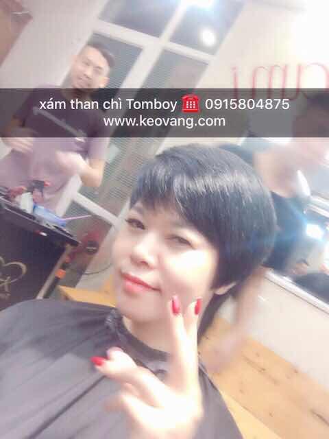Cắt tóc ở Korigami nhanh kinh khủng khiếp ... Vài nhát kéo đã từ tóc dài thành tóc Tomboy chuẩn như hình