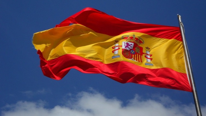Espanha reabre fronteiras para brasileiros vacinados