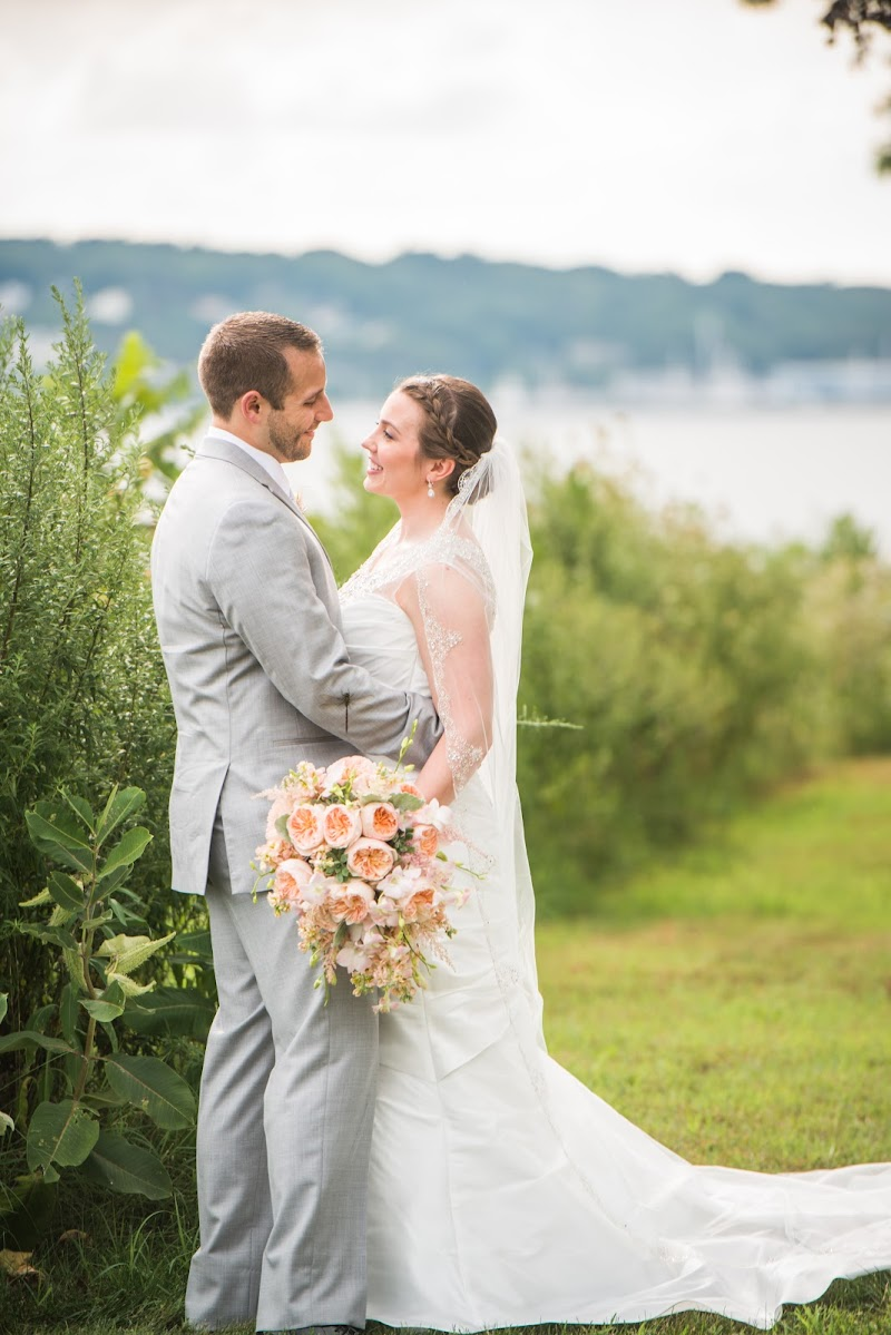 Sarah and Mike - Blueflash Photography 249.jpg