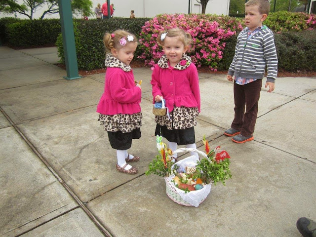 Blessing of the food 4.19.14 - 029.jpg