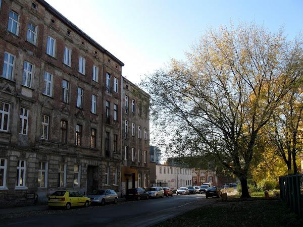 centrum Łodzi - zaniedbane kamienice