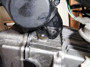 カブエンジンのインテークマニホールド