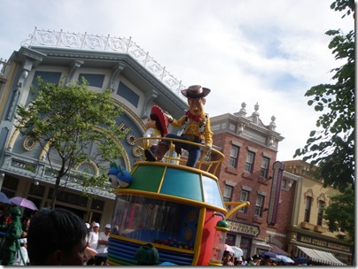 HK Disneyland Resort - Summer Parade 2010