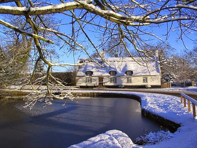 Woodhurst In The Snow - 7238198510233_0_BG.jpg