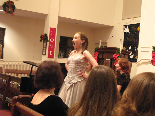 Classical Music Evening with voice students of Magdalena Falewicz-Moulson, GSU, pictures J. Komor - IMG_0665.JPG