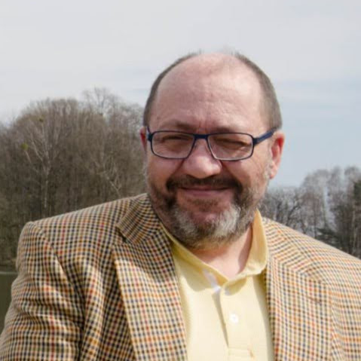 Andrzej Kwaśniewski (AndreFashion)
