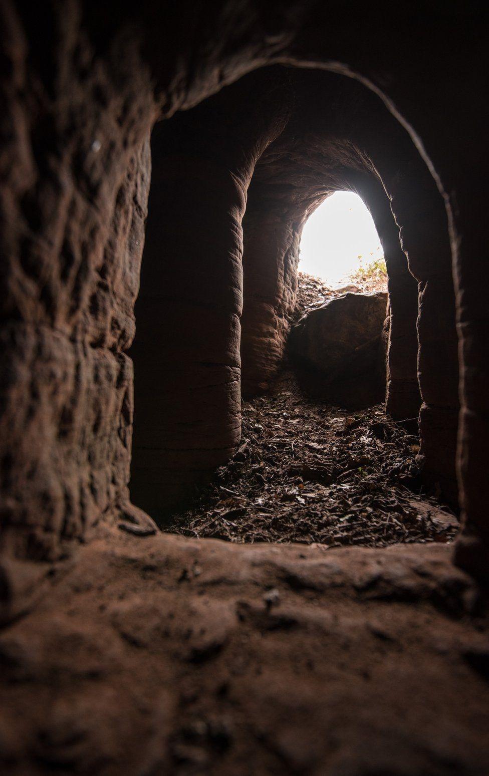 caynton-caves-3