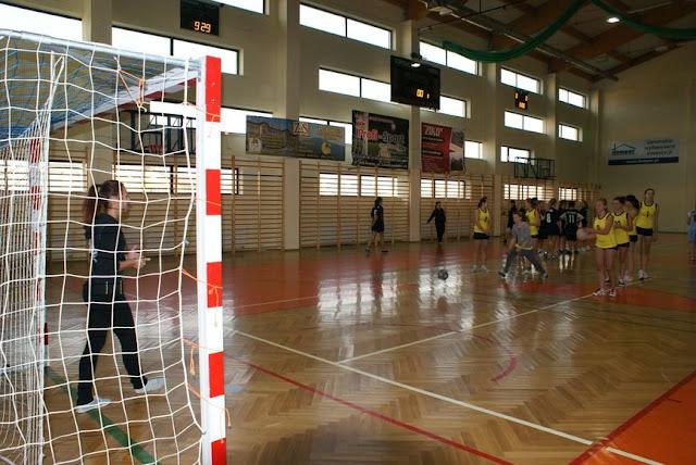 Piłka ręczna zowody listopad 2011 - DSC03668_1.JPG