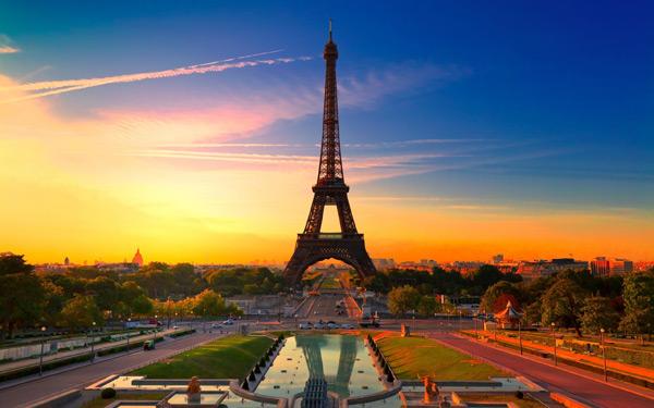 Cơ hội đi du lịch tới Pháp cùng Hoàng Đế 2