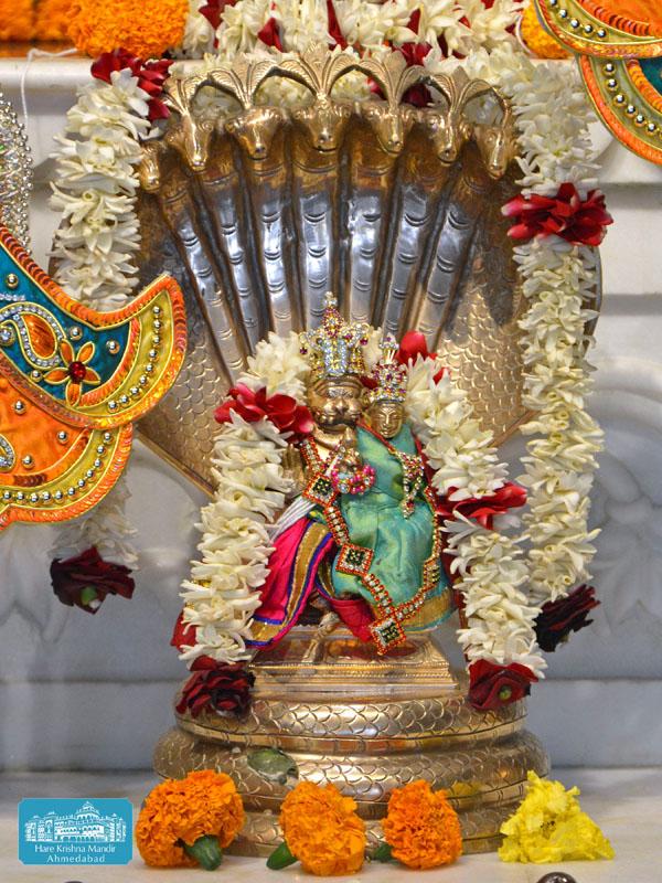 ISKCON Hare krishna mandir Ahmedabad 14 Dec 2016 (12)