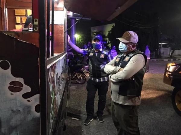 Nekat Beroperasi, Satgas Covid-19 Pekanbaru Jatuhi Dua Sanksi ke Pengelola Hiburan Malam