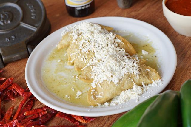 Platillos exquisitos con salsa en Zacatlán