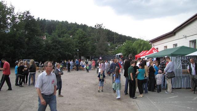 Festyn Rodzinny - Parafialnego Zespołu Caritas oraz Rady Dzielnicy Mały Kack - festyn1.JPG