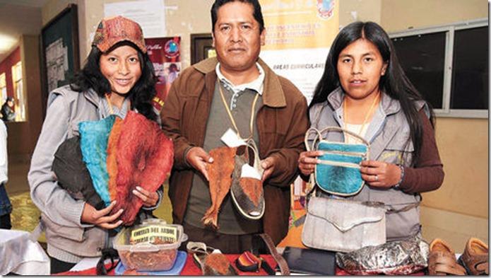 UPEA vincula el trabajo de estudiantes con los negocios