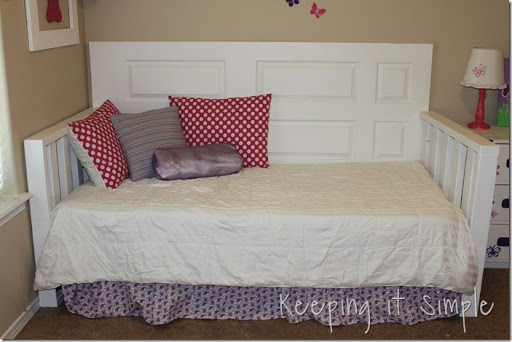 DIY Day Bed Made From A Door And