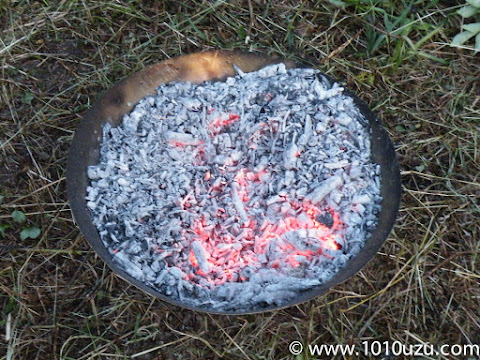 炎がなくなり炭火