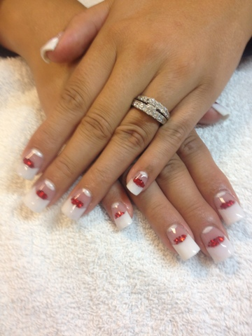 Nail Art Las Vegas: Pink and whites with red sprinkles