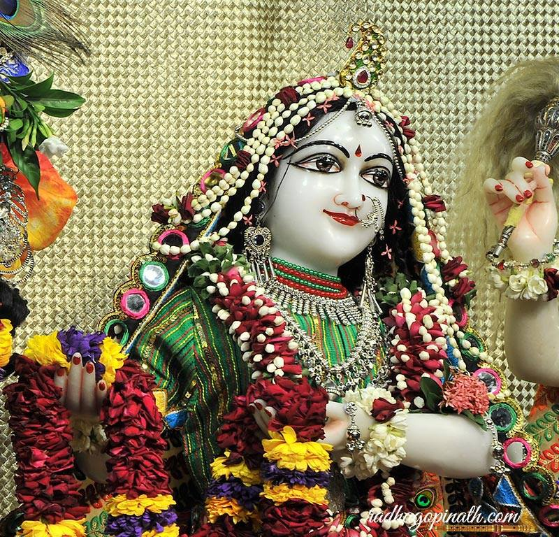 ISKCON Chowpatty Deity Darshan 31 August  2016 (3)