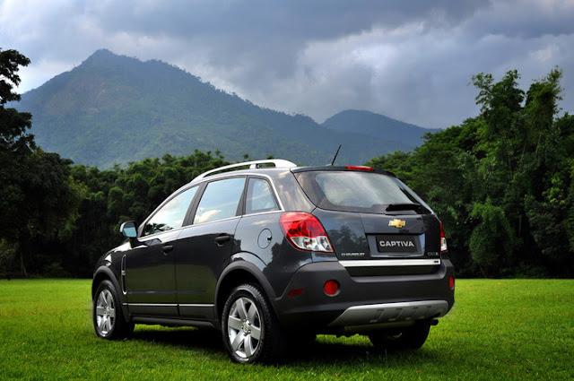 Nova Chevrolet Captiva 2011 - traseira