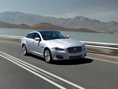 Jaguar-XJ_2012_1600x1200_Front_Angle_02
