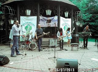 Аттракцион Воронова-Алена Чурина-Артур Ермак- Джазовый фестиваль 1