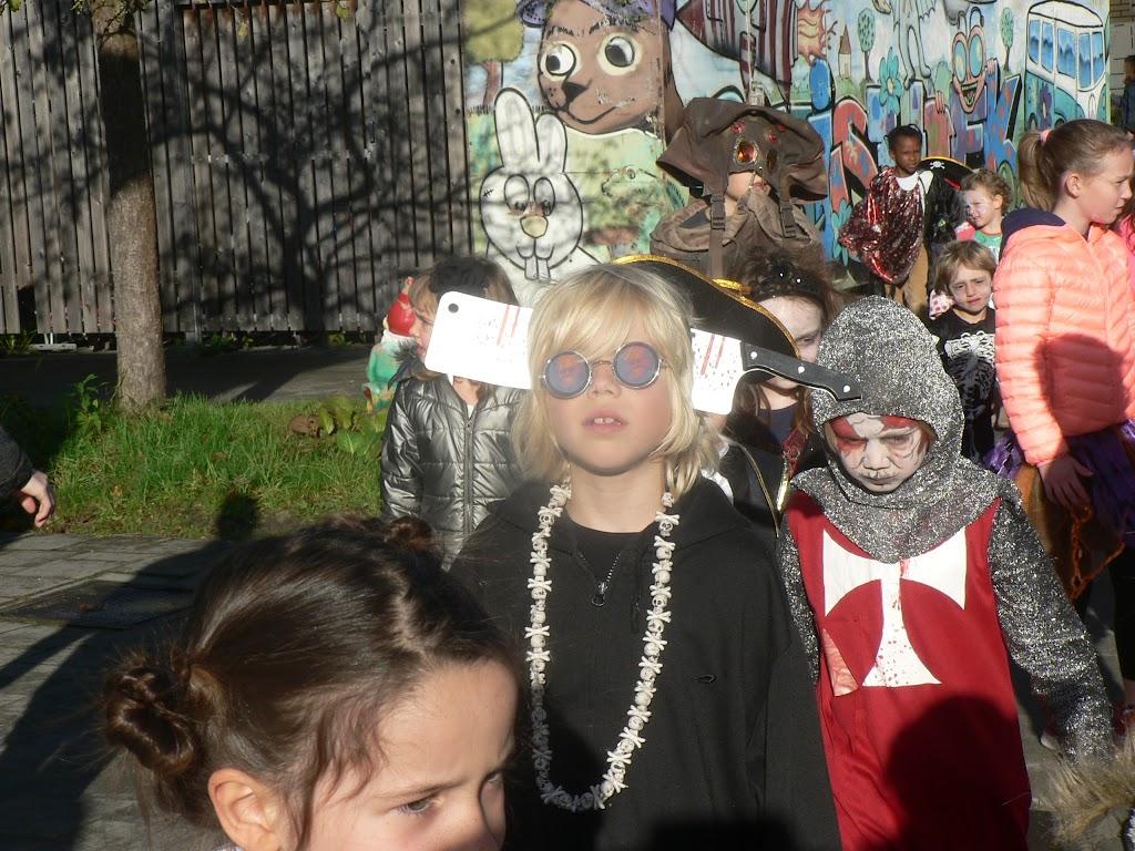Halloween op de Pluishoek - P1270110.JPG
