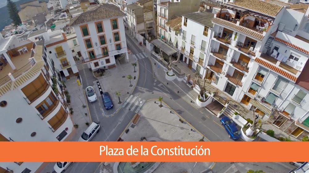 PLAZA CONSTITUCION.jpg