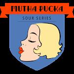 Button Mutha Pucka