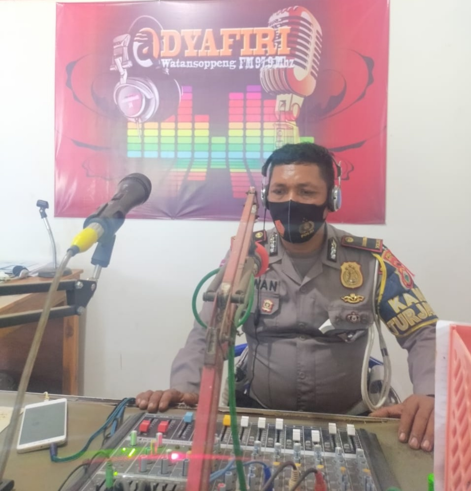 Jelang Nataru, Polres Soppeng Himbau Operasi Lilin 2020 Melalui Radio Lokal Adhyafitri FM