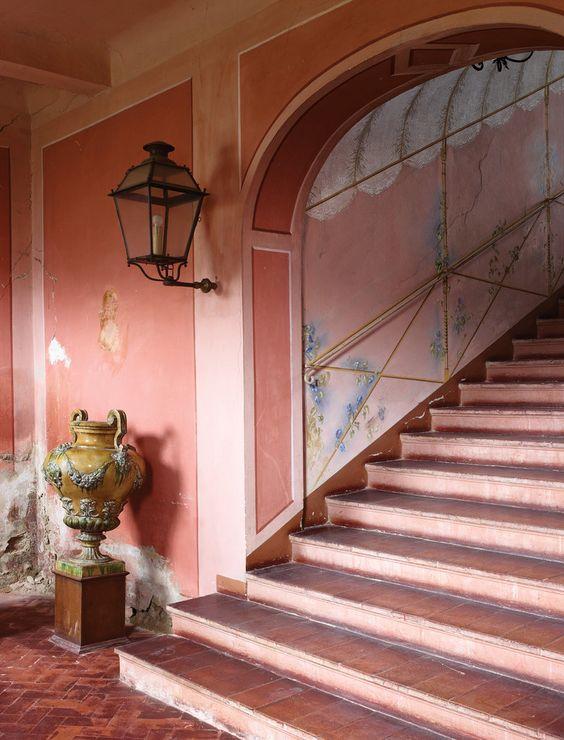 Renzo Mongiardino, pareti rosa