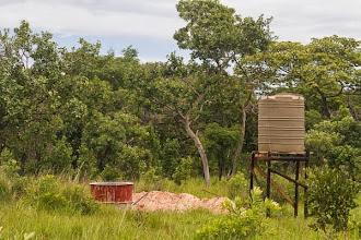 Photo: New well and water tank Novo poço e tanque de água