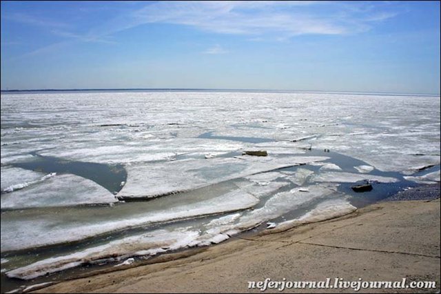 The 'Ob Sea' (Novosibirsk Reservoir), in May 2015. On 1 May 2016, the Ob Sea was completely clear of ice. Photo: NeferJournal / The Siberian Times