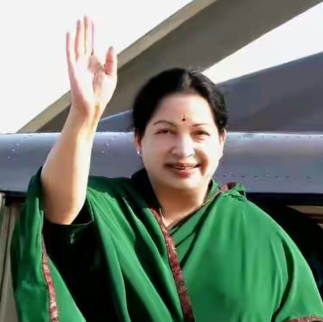 Image result for हरा रंग ही पहनती थीं जयललिता,