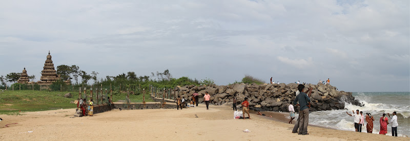Shore Temple by the beach