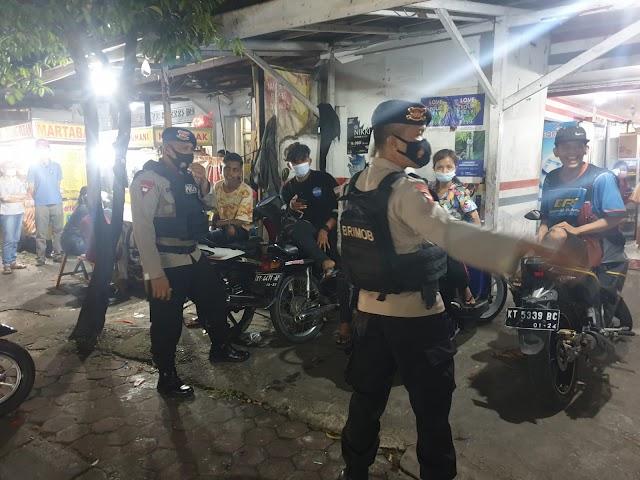 Antisipasi Guankamtibmas dan Putus mata rantai Covid 19 Brimob Kaltim Laksanakan Patroli Malam