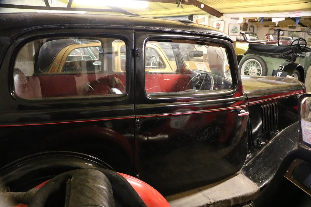 Kilgarvan Motor Museum 0038.JPG