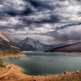 Medicine Lake by Stanley P. - Landscapes Waterscapes