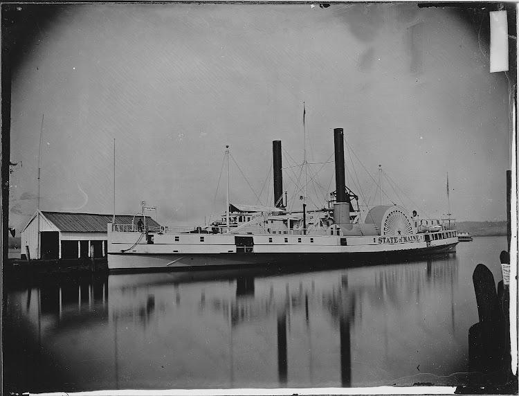 Vapor STATE OF MAINE en Alexandria, Virginia, el 7 de mayo de 1864. US National Archives series Mathew Brady Photographs of Civil War.jpg