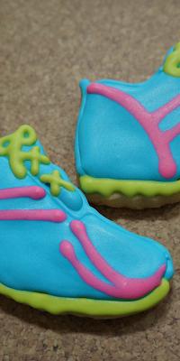 runningshoecookies.png