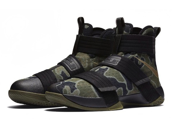reputable site b92a7 75276 Nike LeBron Soldier 10 Goes Truly Army Camo Style ...