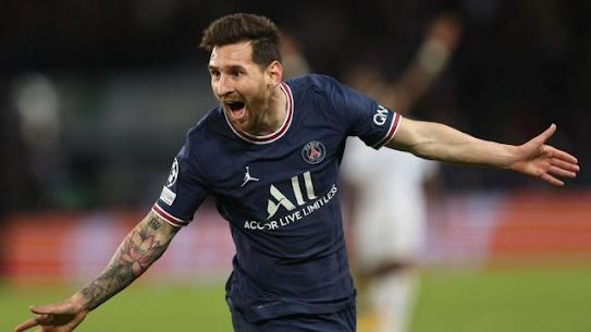 Lionel Messi menjaringkan gol pertamanya di Paris St-Germain