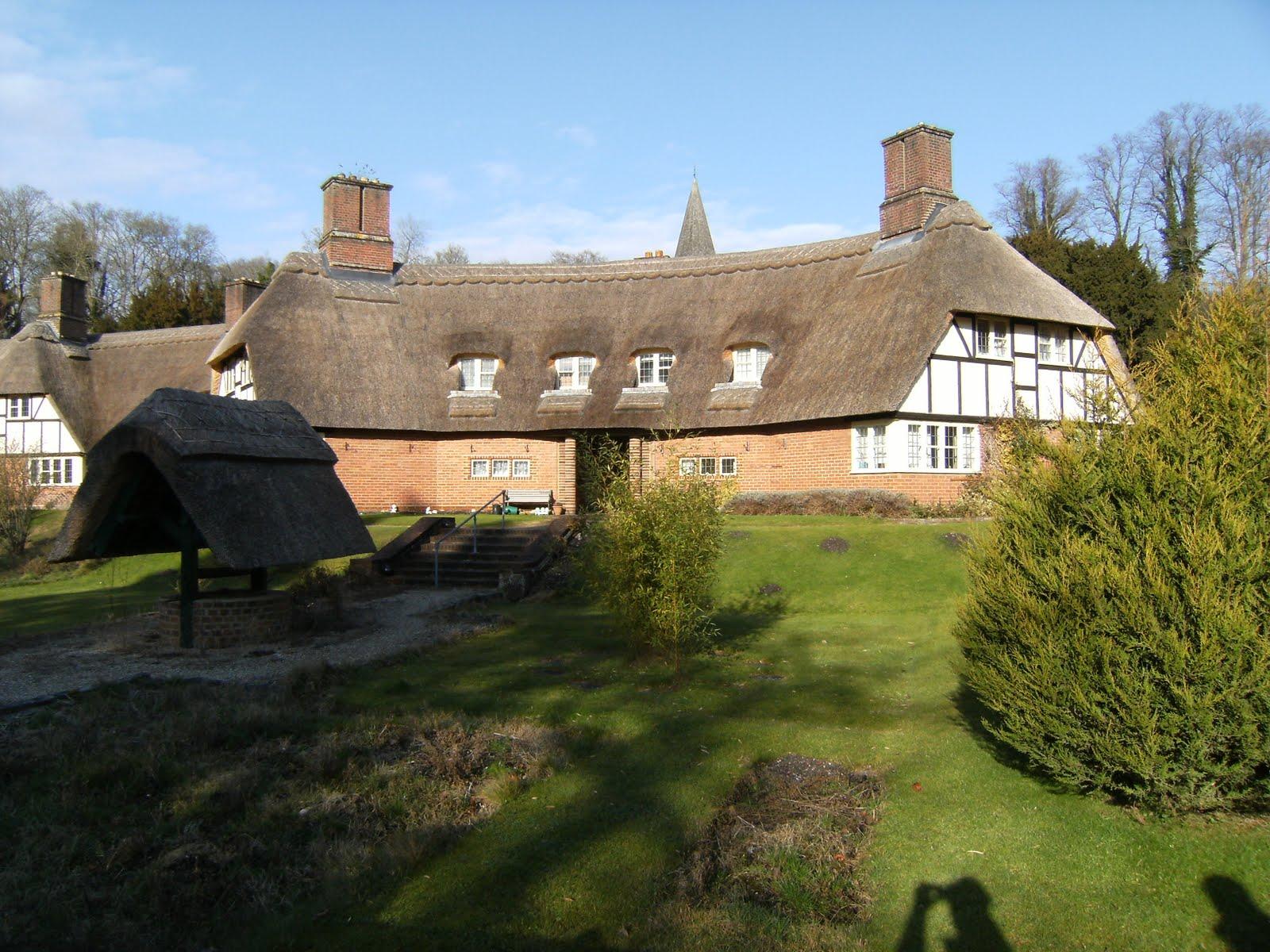 DSCF0277 Manor Cottages, Freefolk