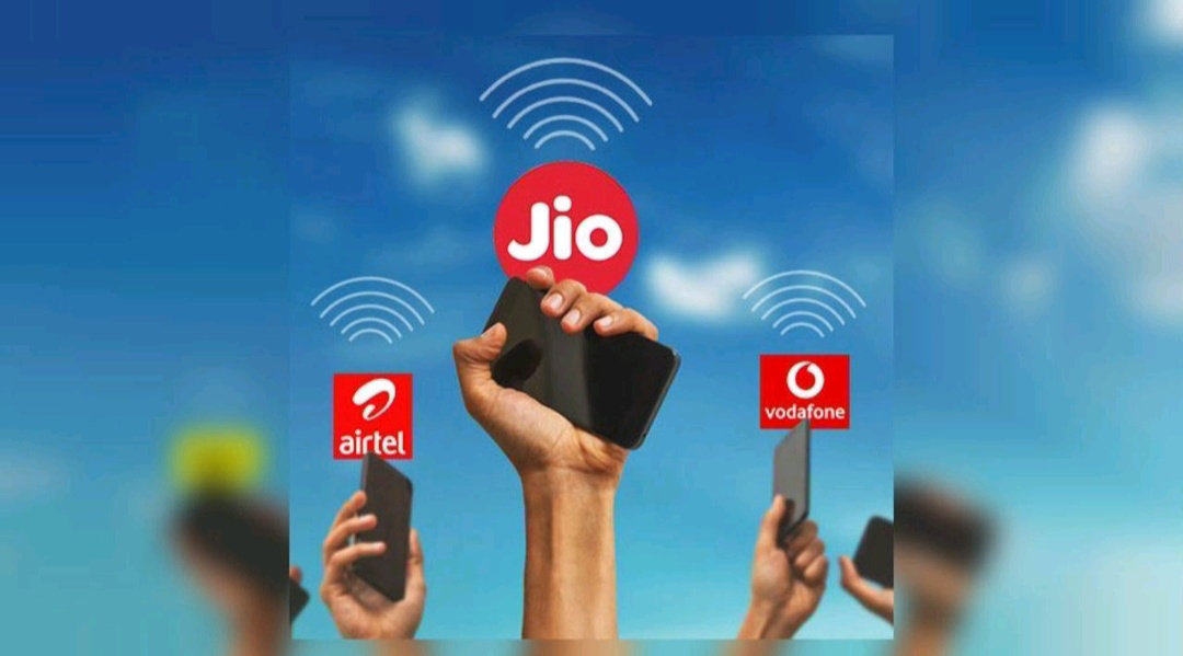 Airtel Vs Jio Vs VI ... Which is the best postpaid plan for under Rs.500?