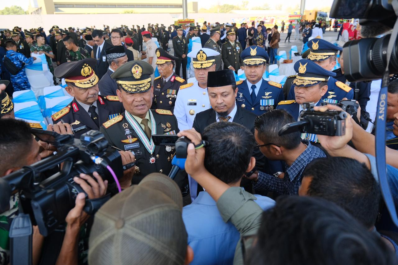 Wagub Sulsel Beri Ucapan Selamat Di HUT TNI Ke 74, Ini Pesan Andi Sudirman Sulaiman