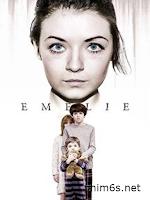 Trông Trẻ - Emelie