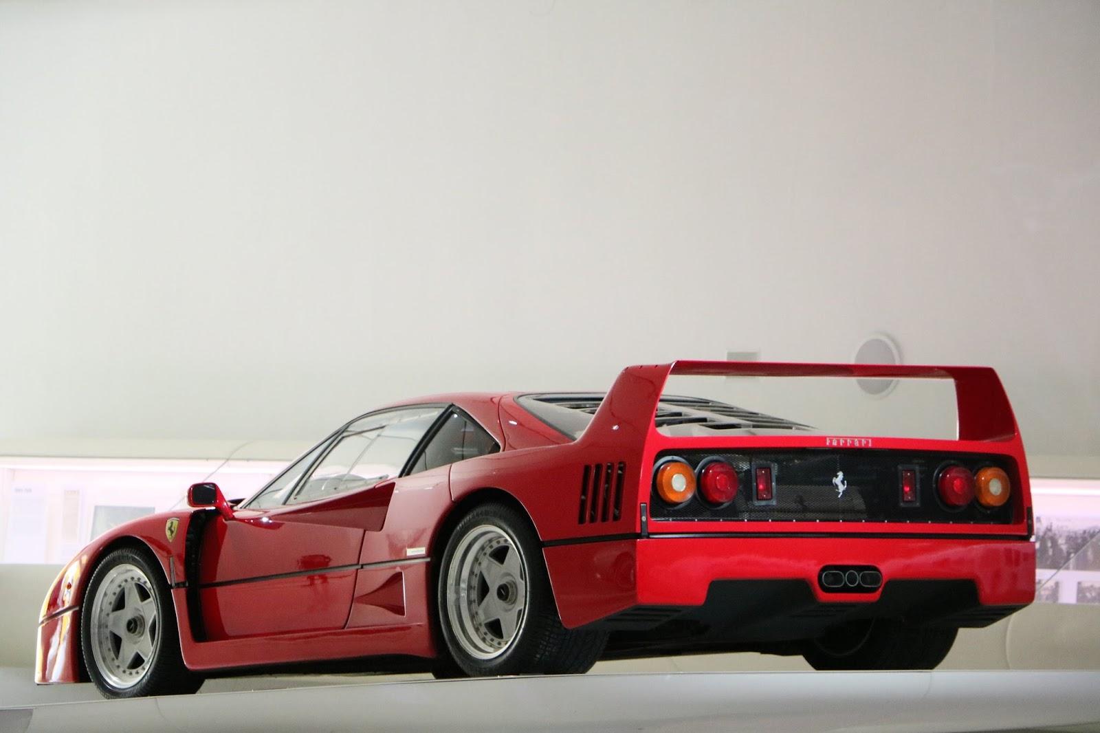 Modena - Enzo Museum 0068 - Ferrari F40.jpg