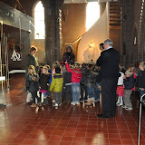 Kleuters bezoeken Martinuskerk - DSC_0026.JPG