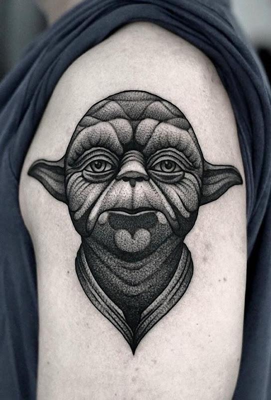este_pontilhismo_tatuagem_de_yoda